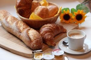 breakfast-1398259_1920